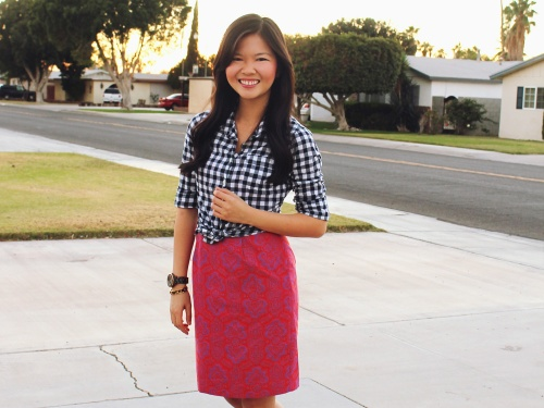Jenny in Jacquard Gingham Paisley 3